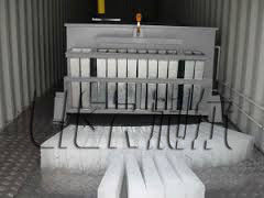 Cina LIER 4000 KG Containerized Ice Plant , Ice Block Maker Easy Maintenance pemasok